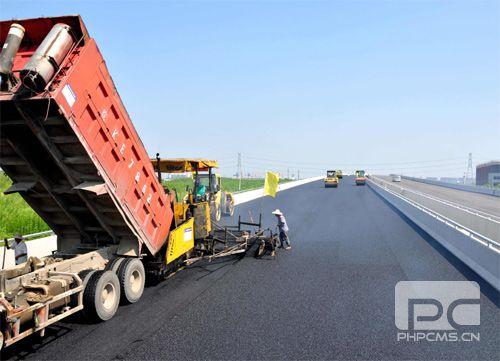 信阳市国际家居产业小镇经一路工程施工